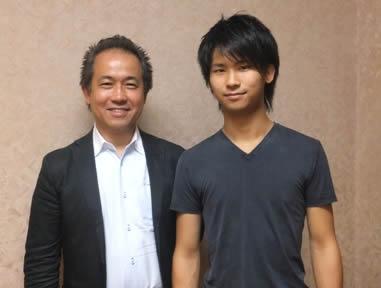 三浦文彰と父親の三浦章宏氏